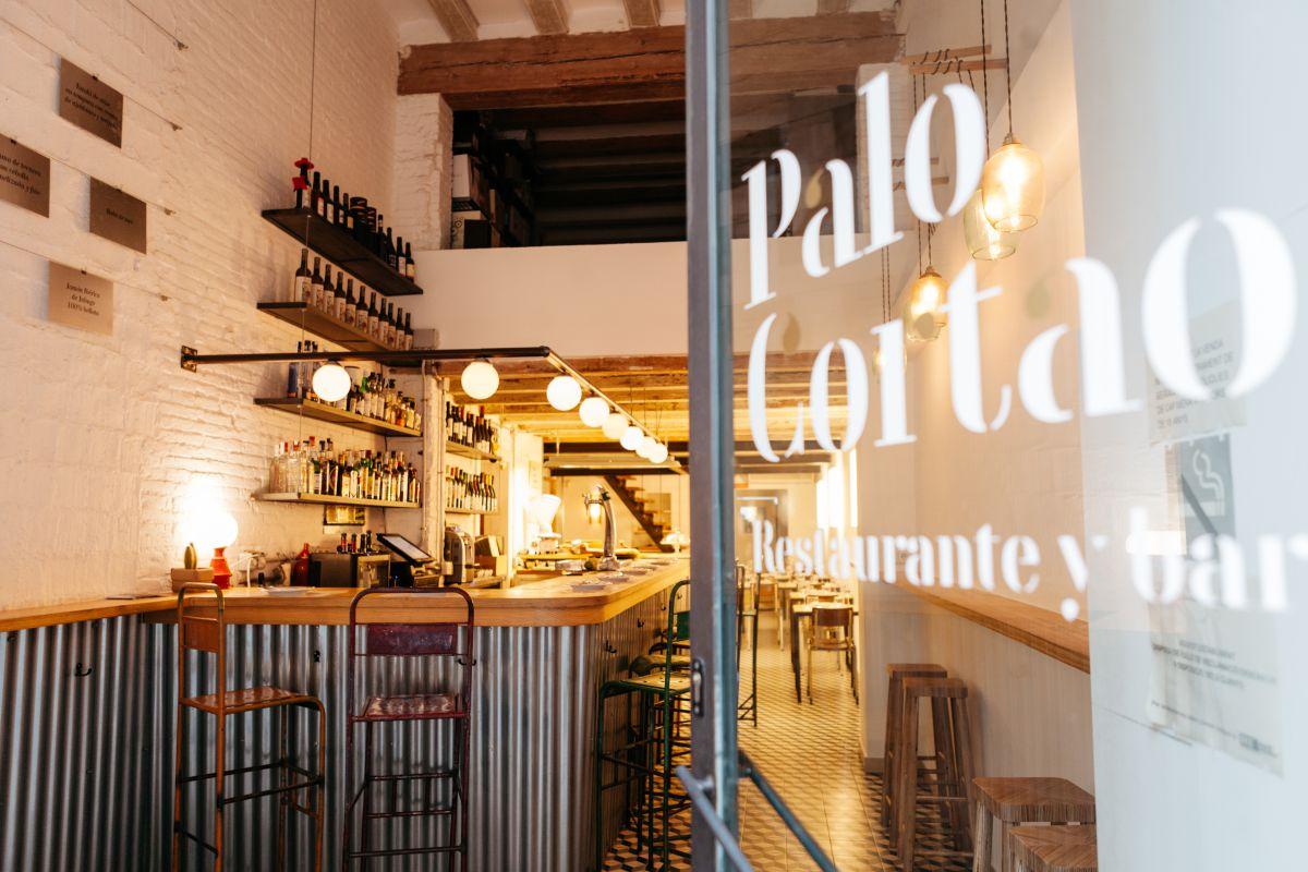 Detrás de 'Palo Cortao' están tres cordobeses que han conquistado Barcelona.