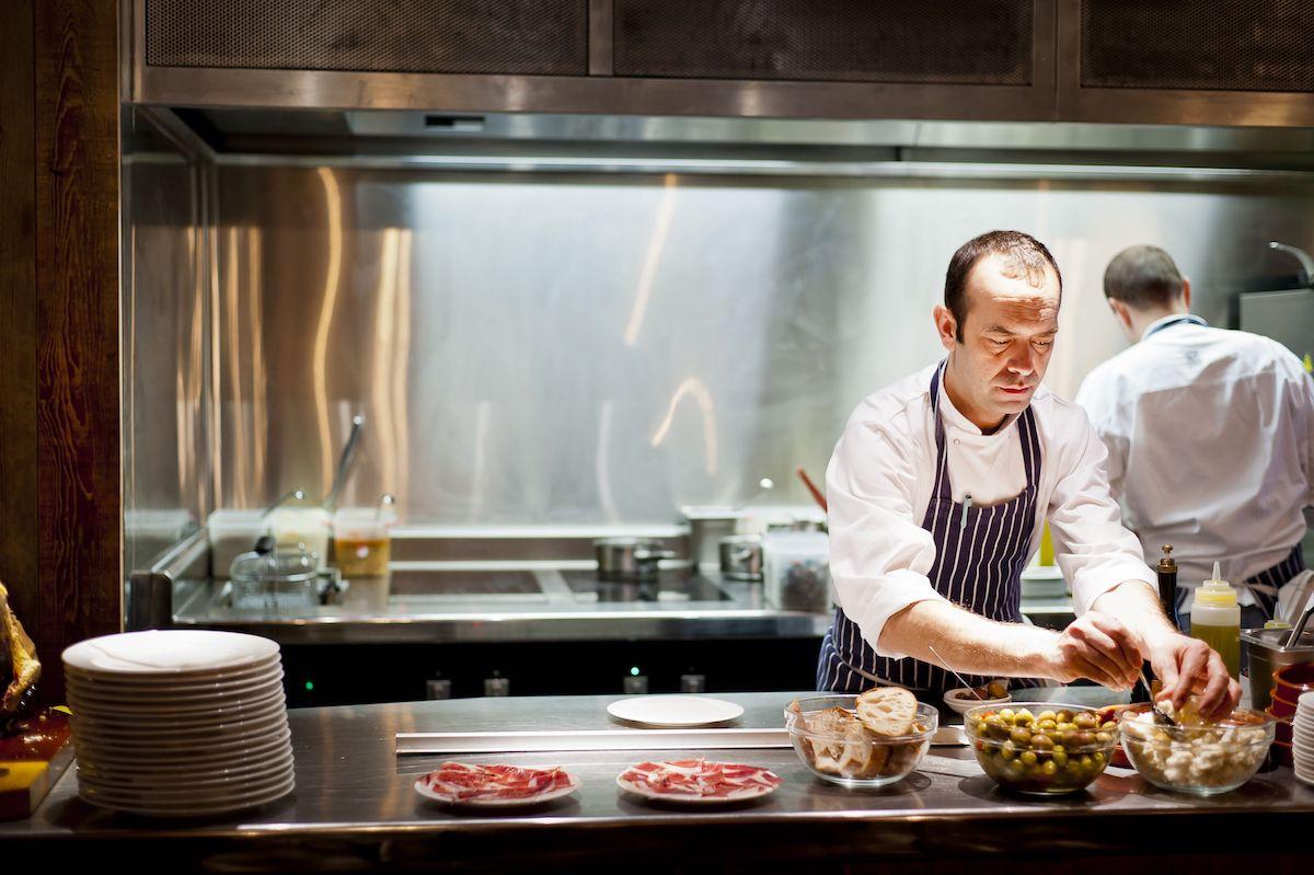 Lleno absoluto en sus restaurantes, la prueba de que nuestra cocina sí seduce al paladar 'british'. Foto: cedida.