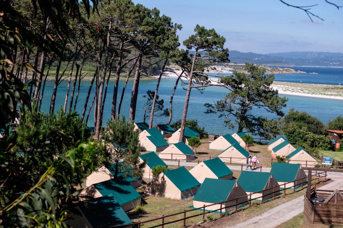 El camping tiene capacidad para 700 personas.
