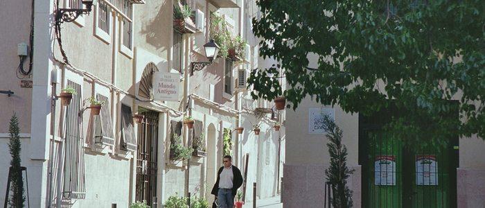 Calle Toledo, en el Casco Antiguo de Alacant. / Cedida por: Turismo de Alicante.