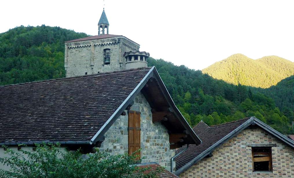 La Iglesia de San Cipriano, Isaba. Foto: Enrique López-Tamayo Biosca, Flickr (CC).