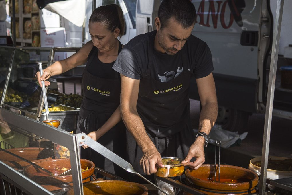 Manuel Antonio Barbero tiene un secreto: la receta de sus deliciosas berenjenas.