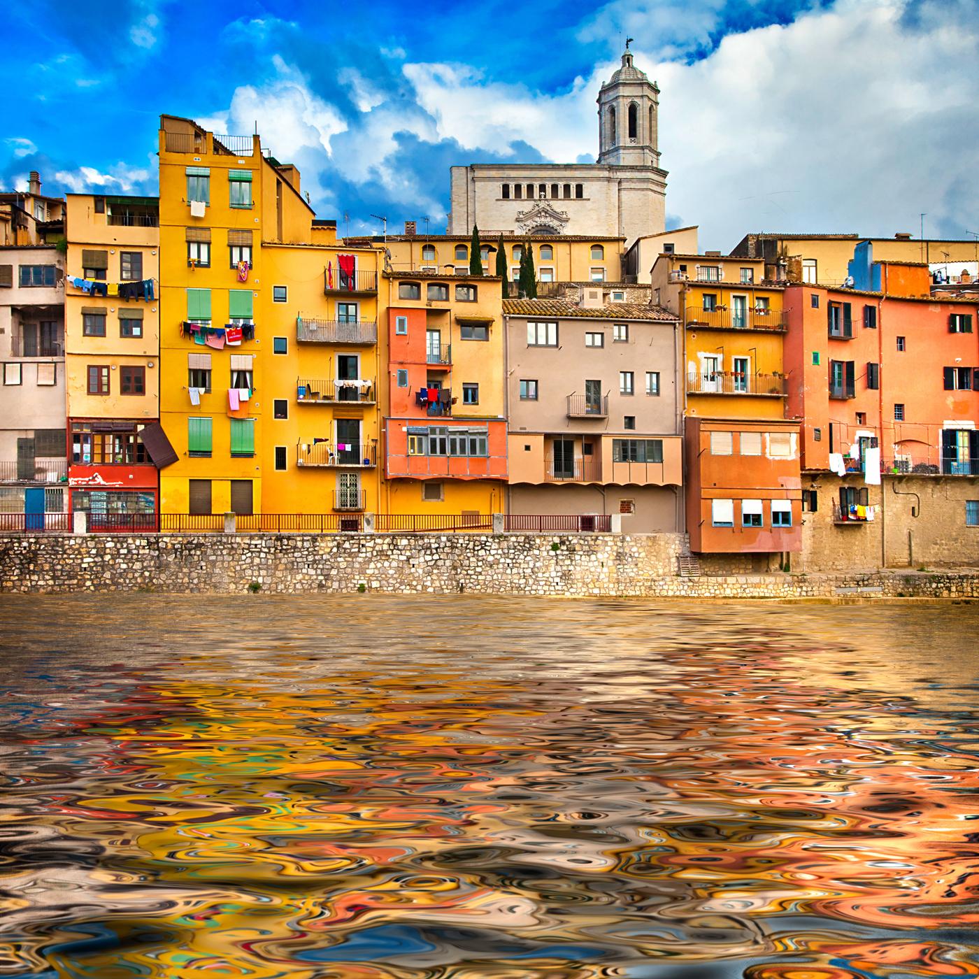 Girona, una ciudad salpicada de colores. Foto: shutterstock.
