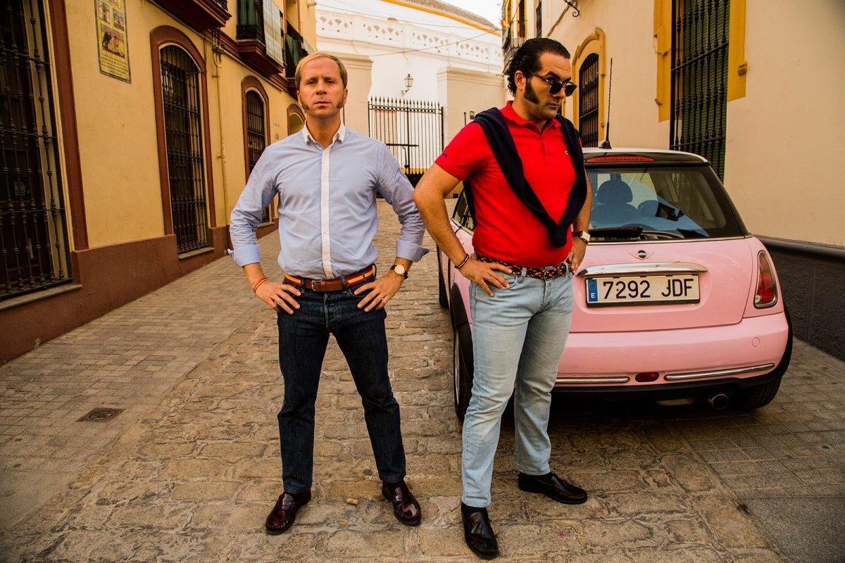 Alberto López y Alfonso Sánchez, en una de las escenas de su película 'El Mundo es suyo'. Foto: D.R.
