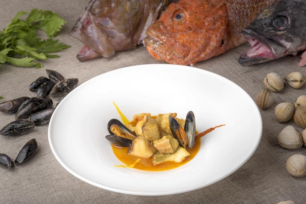 San pedro, cabracho, rubio, mero y mejillones bouchot, el mejor pescado que ofrecía el mercado hoy. Foto: Javier D. Murillo