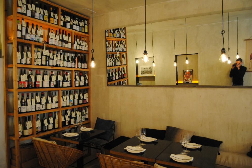 En Monocrom, los vinos te acompañan. Foto: E.R.