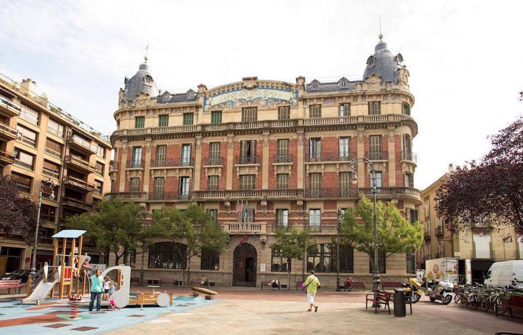 Una fachada que no pasa desapercibida. Foto: Adolfo Lacunza.