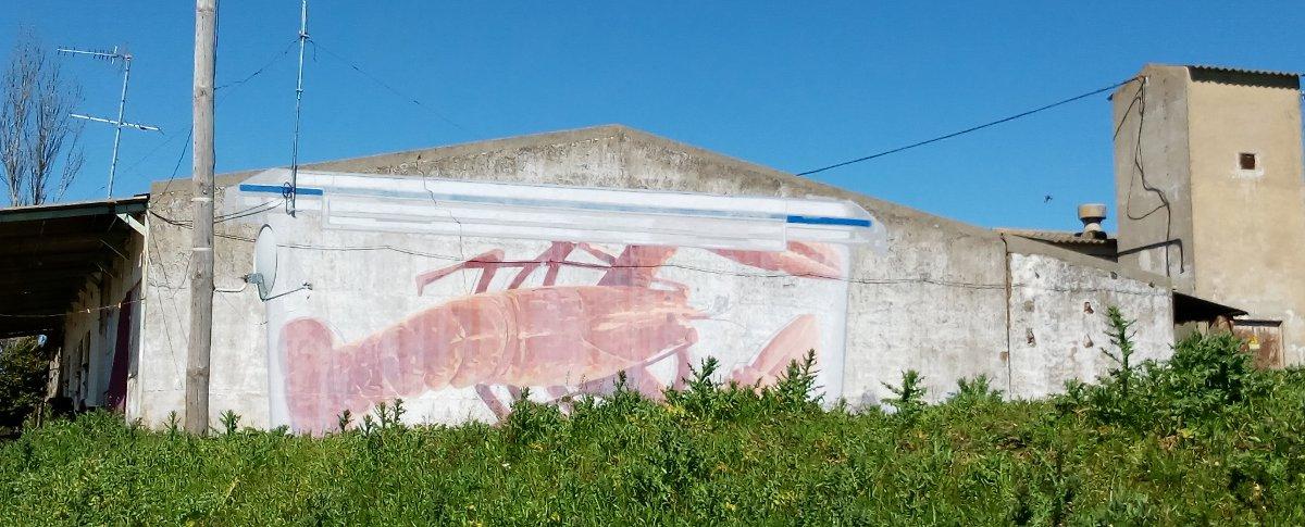 'Langosa roja en tupper' de Ampaparito. Foto: Henar Ortega.