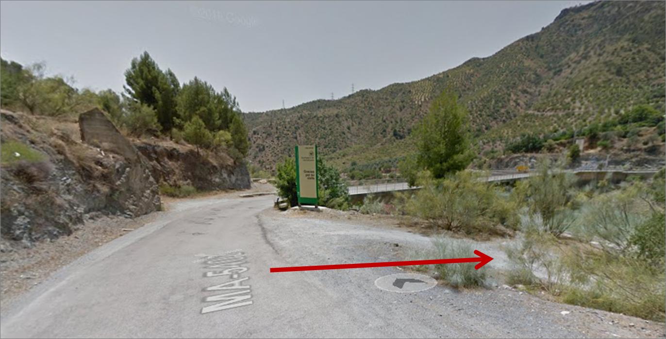 El sendero que nos lleva a una pequeña arbolada donde tomar el bocata.