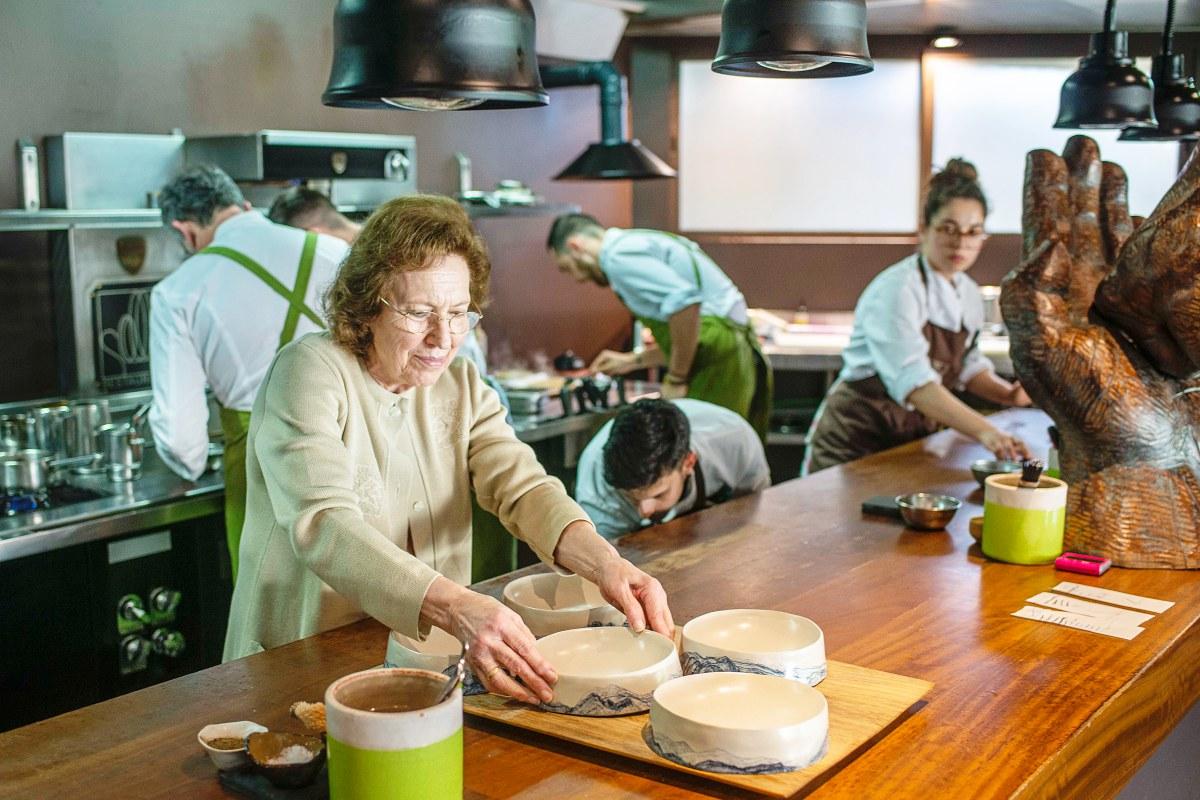 Amelia, madre de Pepe y fundadora del restaurante junto a su marido hacer 57 años.