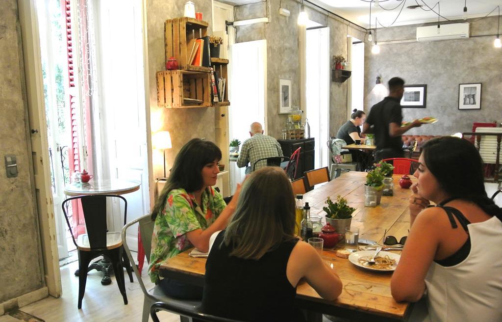 En Conde Duque, Mur Café. Foto: C. M.