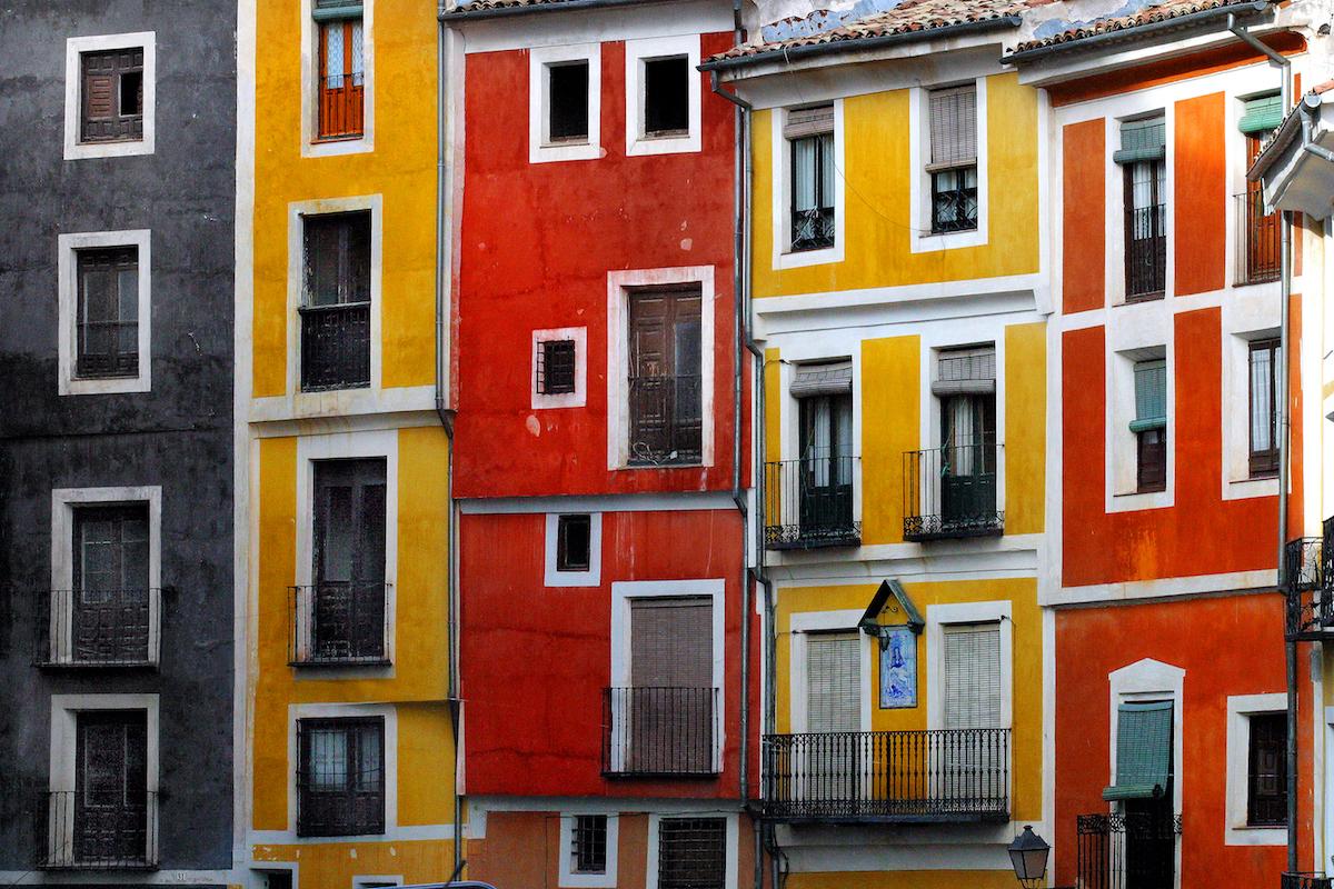 Edificios de Cuenca. Foto: Turismo de Cuenca.