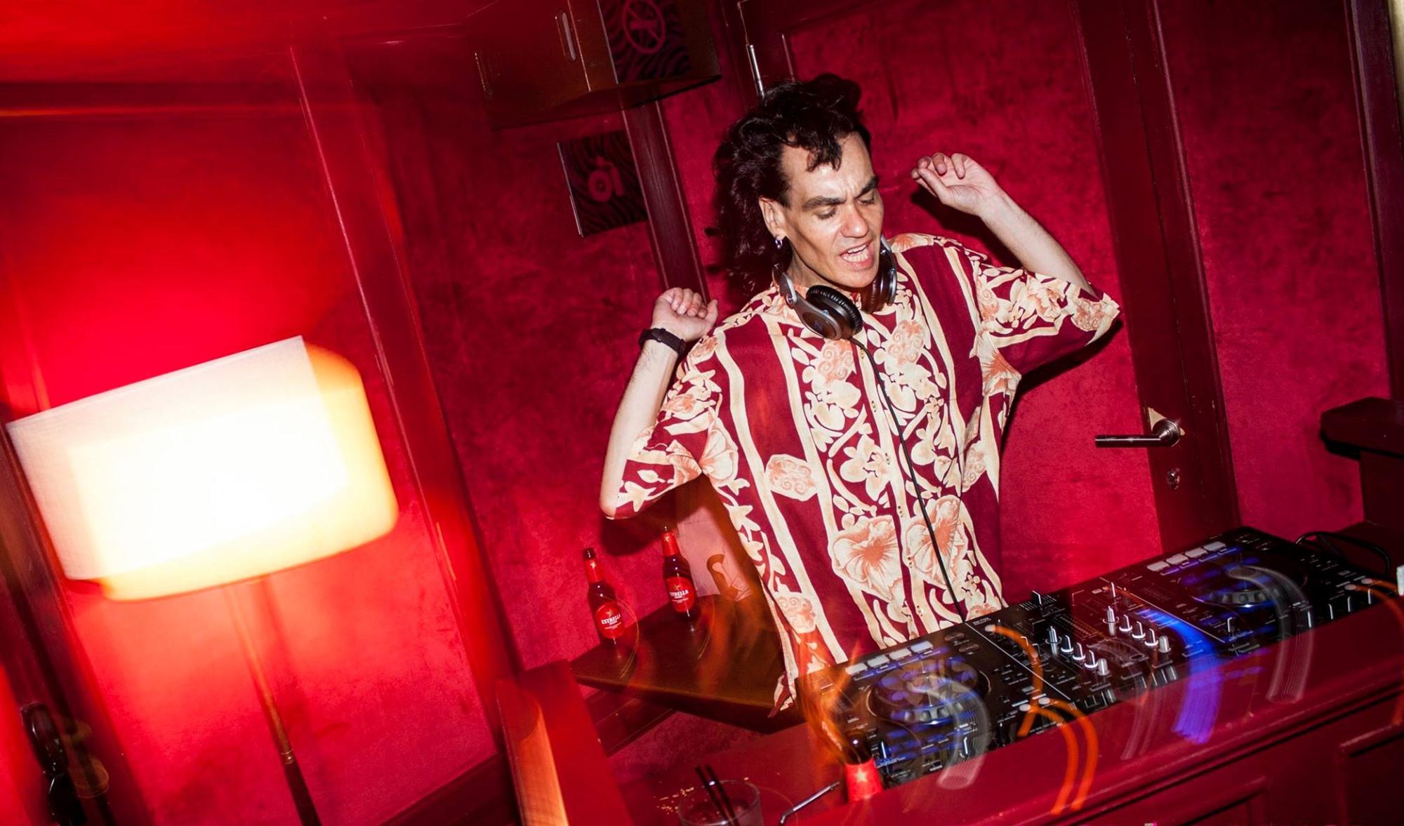 Dj Cascales,habitual en las fiestas de 'Casa Suecia', se ha convertido en un referente de la noche madrileña. Foto: Facebook Bling Bling.