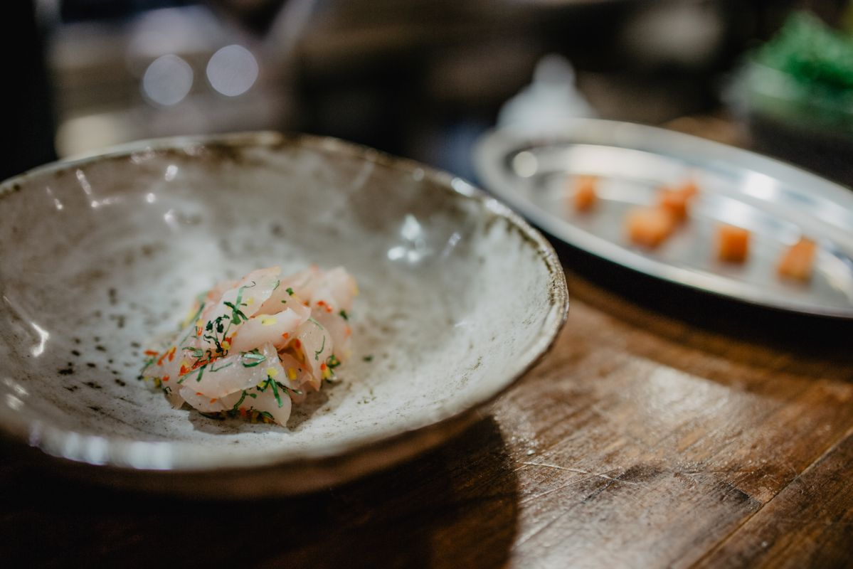 El ceviche de besugo curado del restaurante 'Kero' tiene mucho de la cocina de Perú.