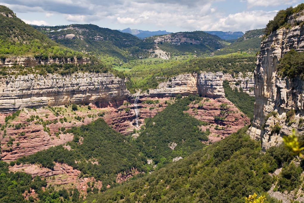 Acantilados de Tavertet, en la provincia de Barcelona. Foto: Shutterstock.