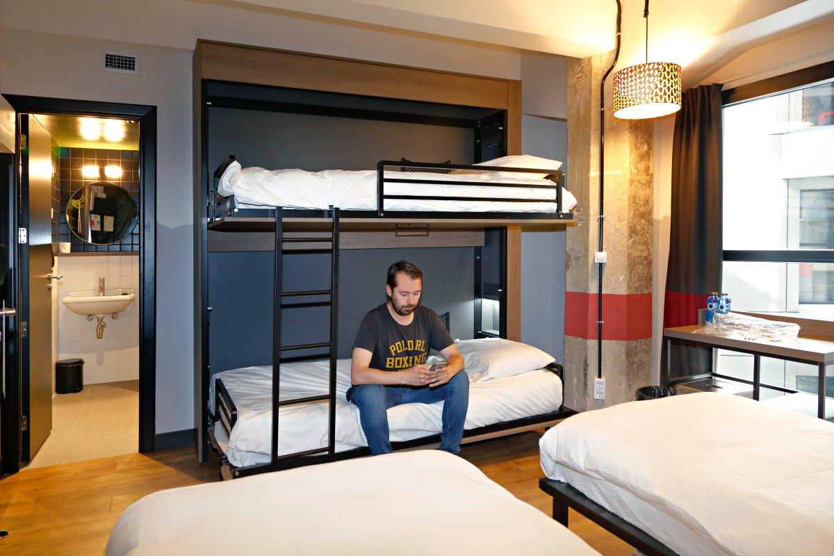 Este hostel tiene diseño, confort, tecnología y buen ambiente sin secuestrar la billetera.