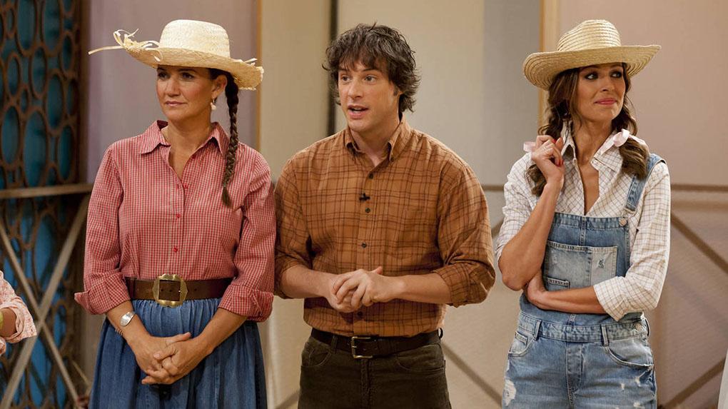 Samantha Vallejo-Nájera, Jordi Cruz y Eva González durante una grabación de 'MasterChef'. Foto: MasterChef.