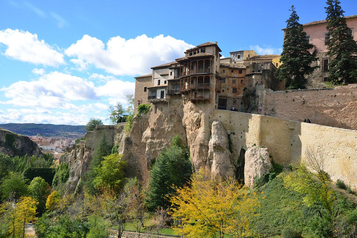 Cuenca: Casas colgantes de la ciudad. Foto: Alfredo Merino | Marga Estebaranz