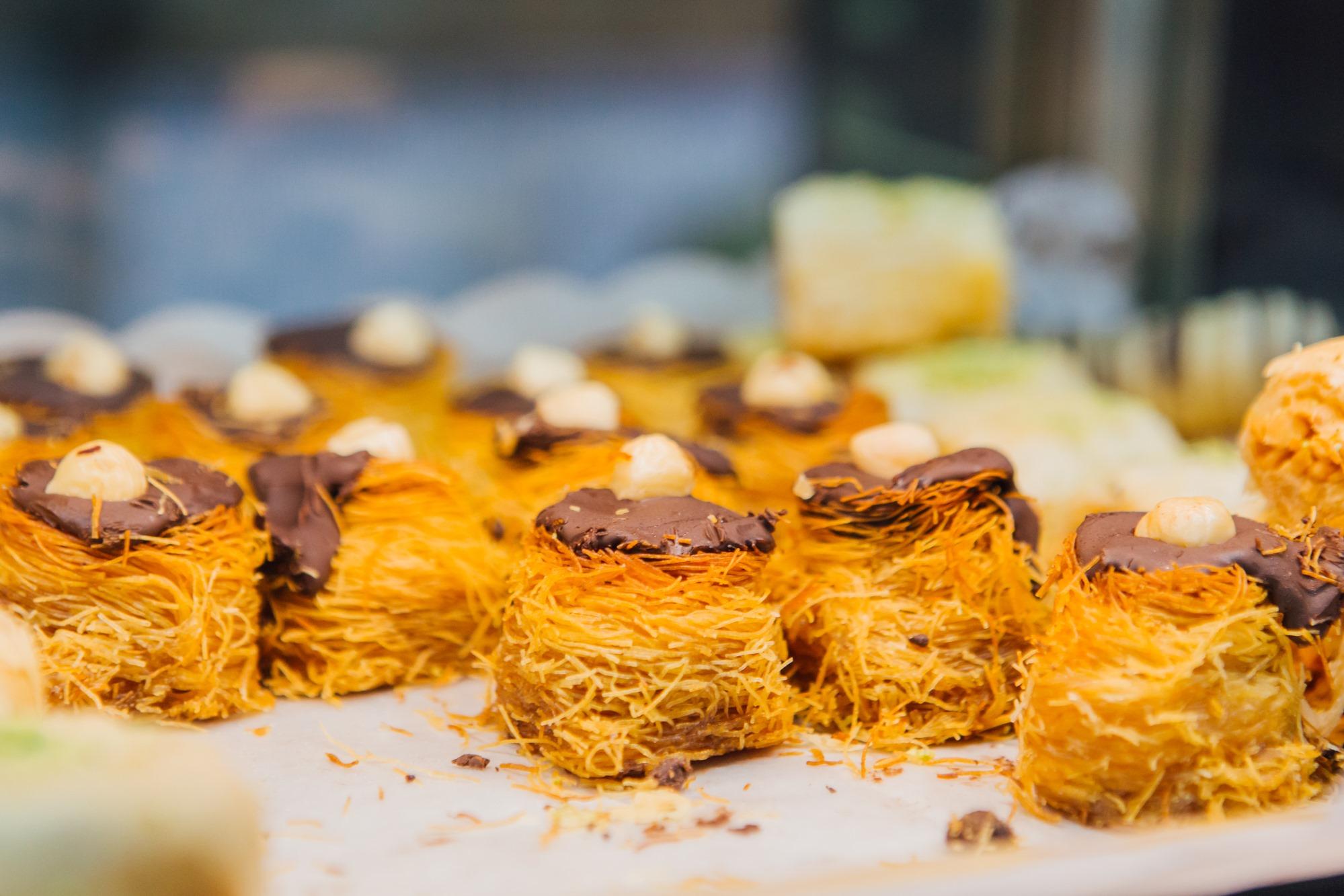 Y de postre un baklaba, de la 'pastelería Principe'.