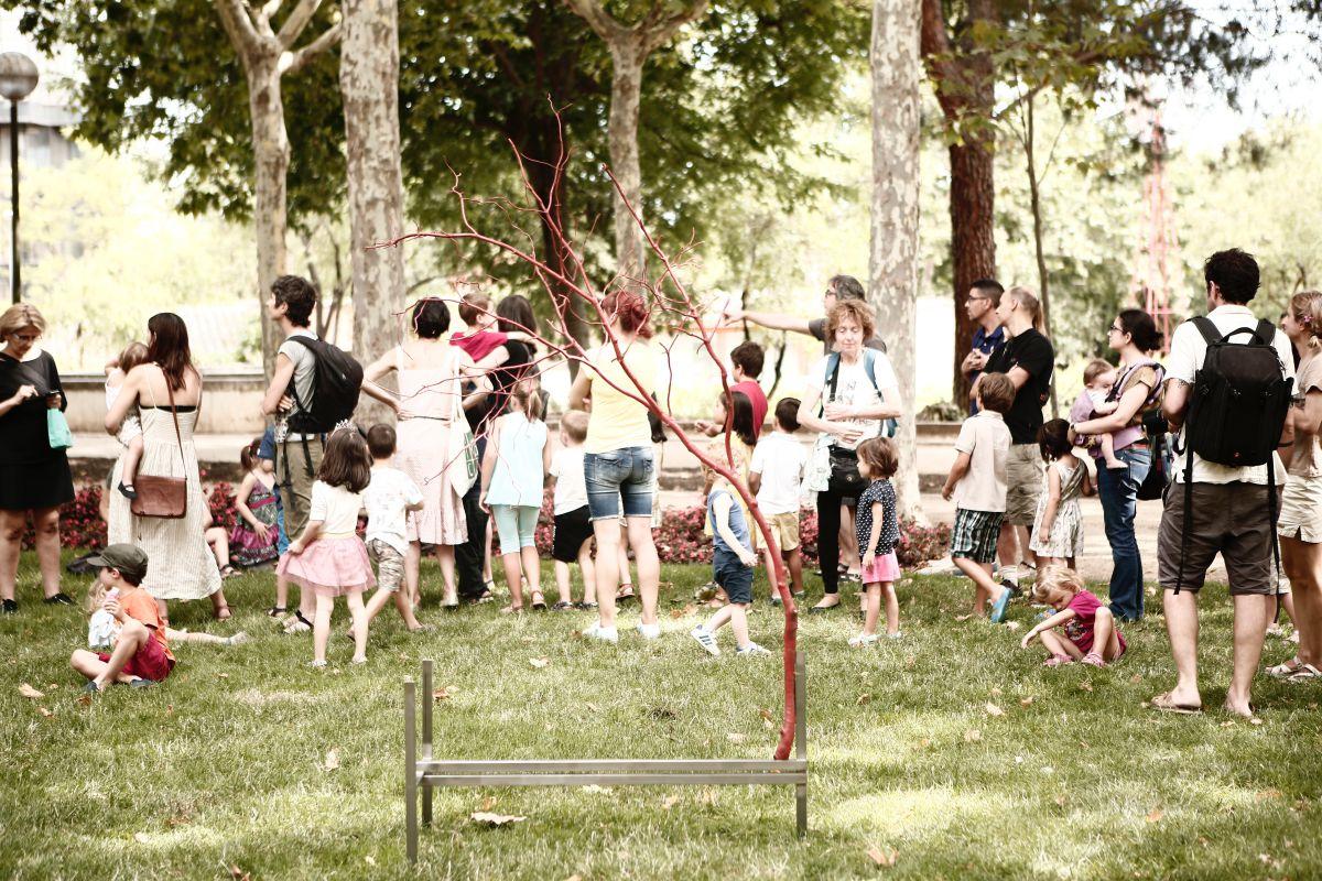 La gente viene a jugar con los niños y antes de irse recoge todo y lo deja como estaba. Foto: Espacio Abierto.