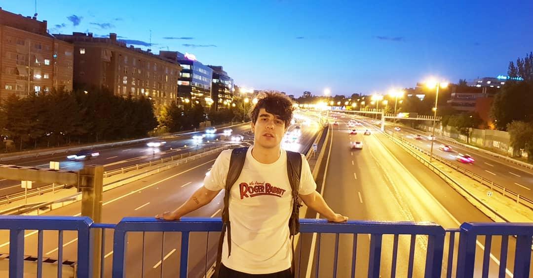 A Javier Calvo le gusta viajar pero si tiene que elegir, siempre acaba volviendo a Madrid. Foto: @javviercalvo.