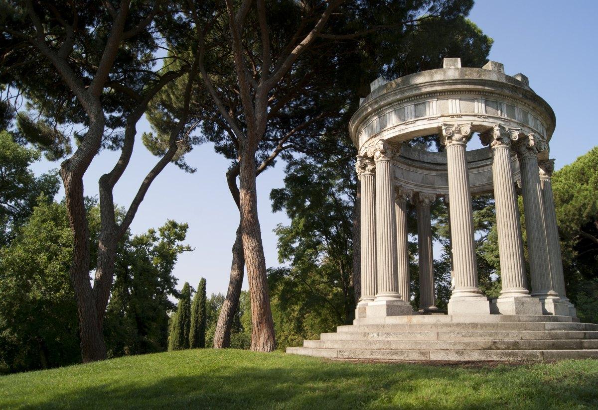 El Parque de El Capricho, en Alameda de Osuna, propone un plan familiar rodeado de arte. Foto: Flickr / Viviendo Madrid