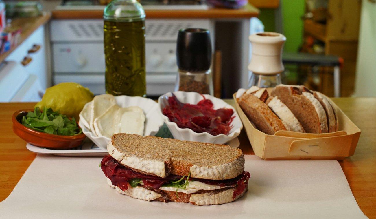 Sándwich de cecina (sandwich)