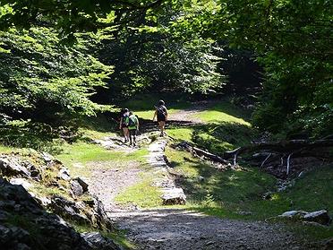 Ruta por el parque natural de Aizkorri-Aratz (Guipúzcoa)