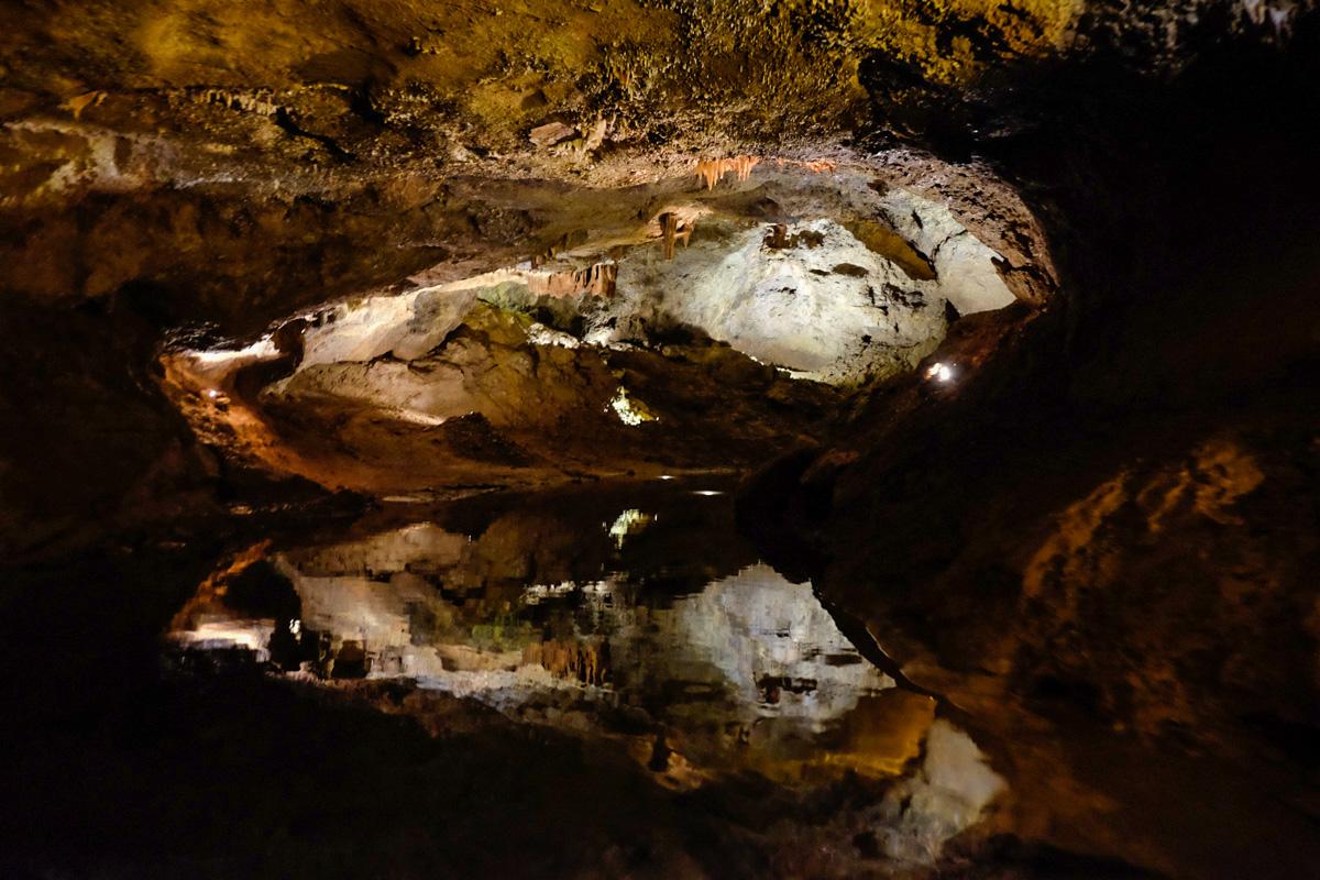 La profundidad del río varía: en algunos tramos no supera el metro y en otros llega a los 11.
