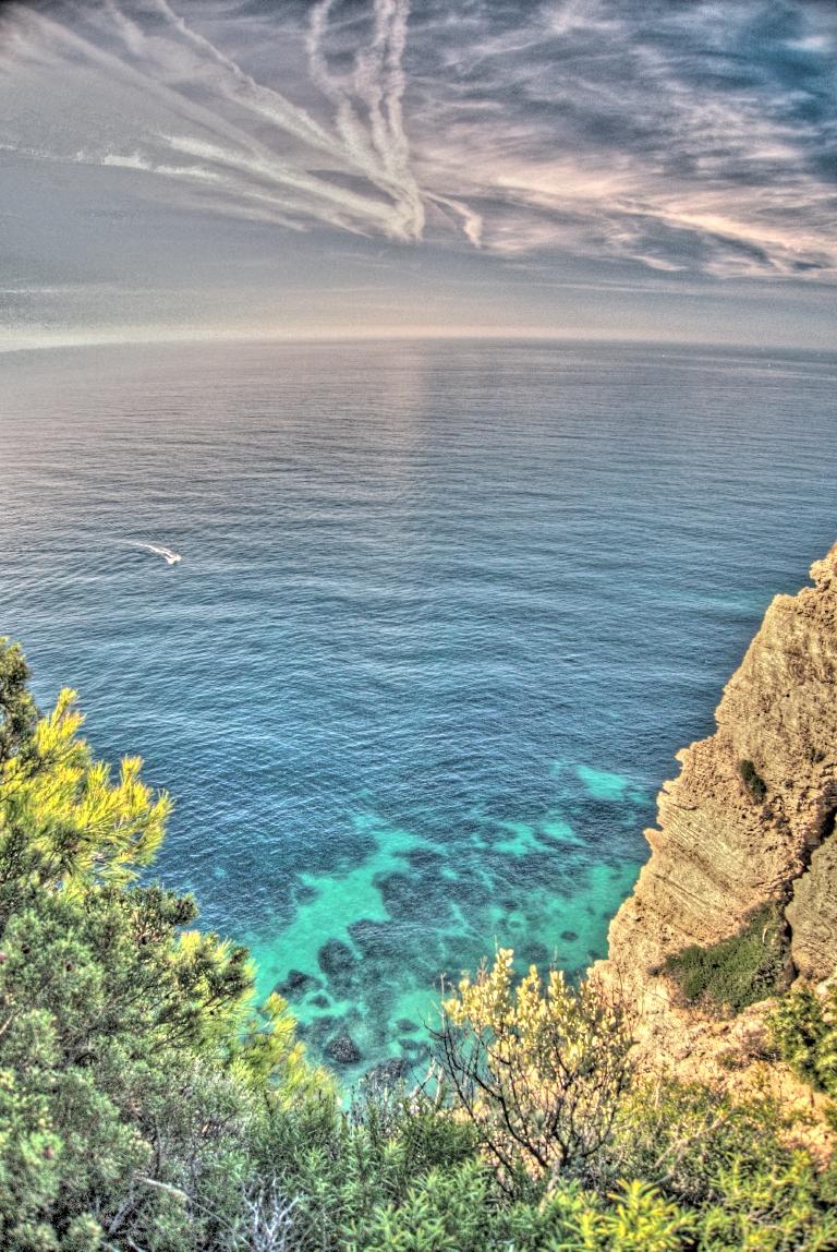 Un mar de tres colores en Caños de Meca. Foto: Isaac (con Creative Commons).