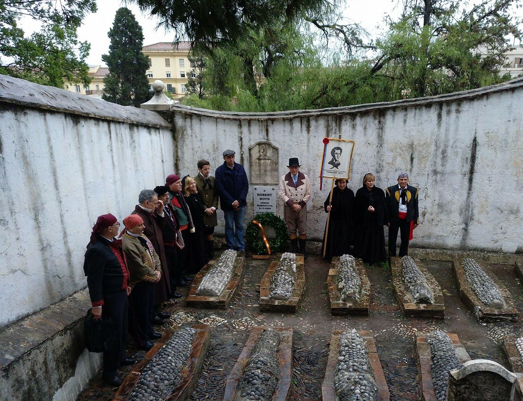 El Cementerio Inglés de Málaga durante una de los ritos anuales que allí se celebran. Foto: Facebook Fundación Cementerio Inglés