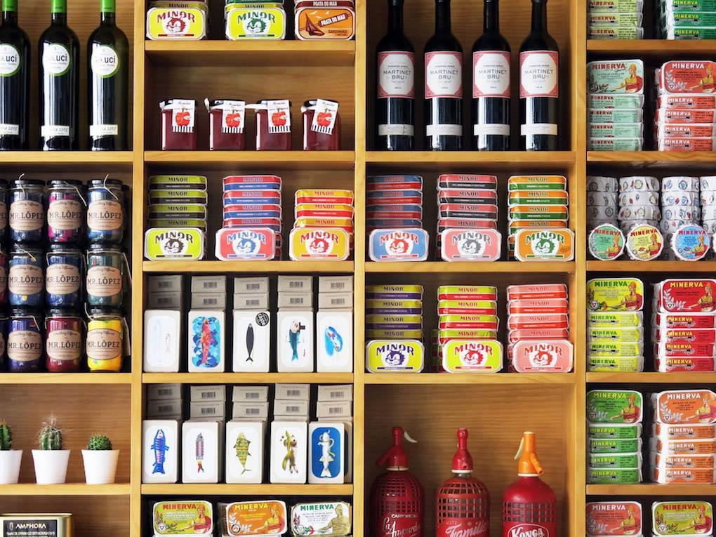 Conservas portuguesas en Salsamento, un bar-tienda de ultramarinos. Foto: Facebook.