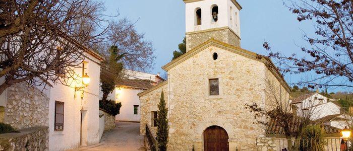 Iglesia en Olmeda de las Fuentes.