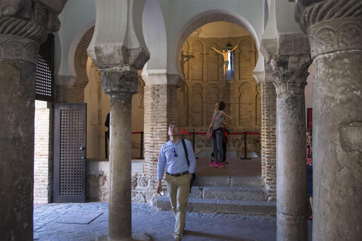 La mezquita del Cristo de la Luz esconde tesoros de diferentes épocas pasadas.
