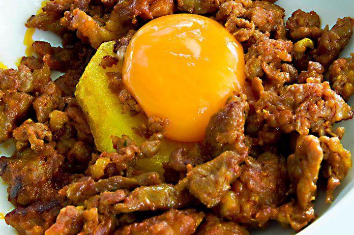 Menú de matanza: Jijas con huevo. Foto: Facebook Estrella del Bajo Carrión.
