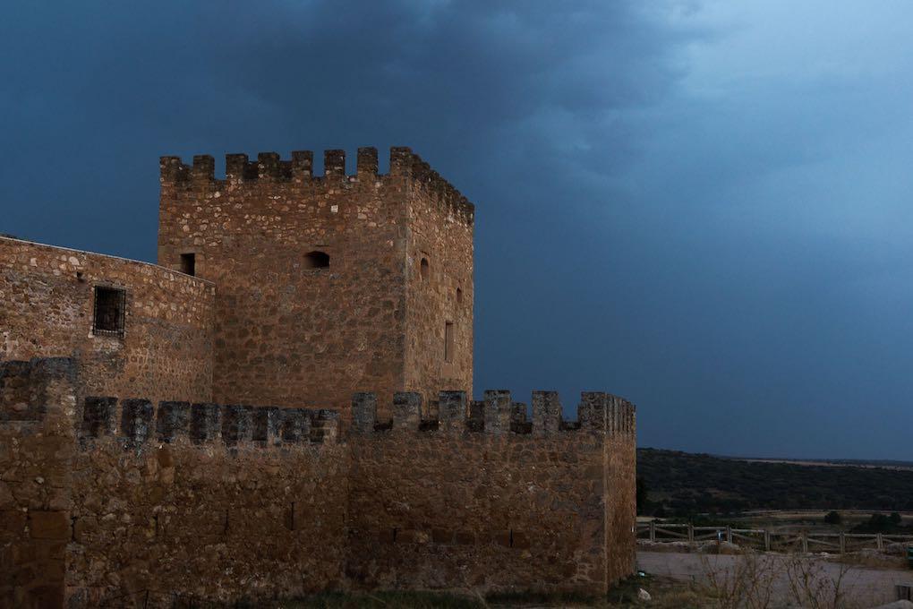 El Castillo de Peñarroya fue una fortaleza construida para controlar el territorio (repoblaciones, impuestos...).