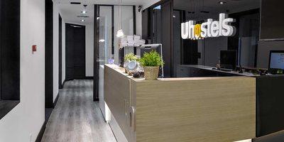 Recepción de U-Hostels, Madrid.