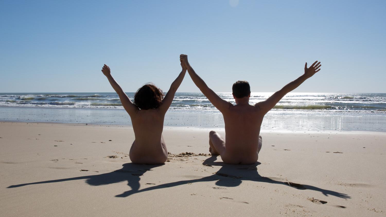 Bañarse desnudo hay que hacerlo más. Foto: Shutterstock