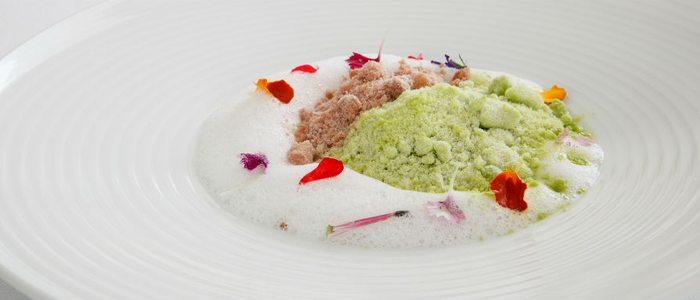 Hierba fresca con helado de foi gras en polvo, Francis Paniego.