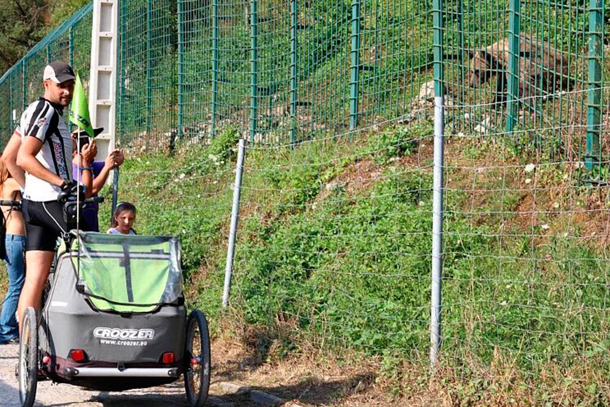 Senda del oso: Paca y Tola, las osas de la ruta. Foto: Pekebikers