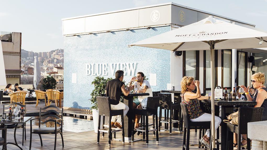 ¿Un lugar mejor para tomar una copa al caer la tarde?