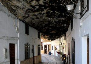 Setenil, Cádiz. Foto: Flickr Michael Gaylard.
