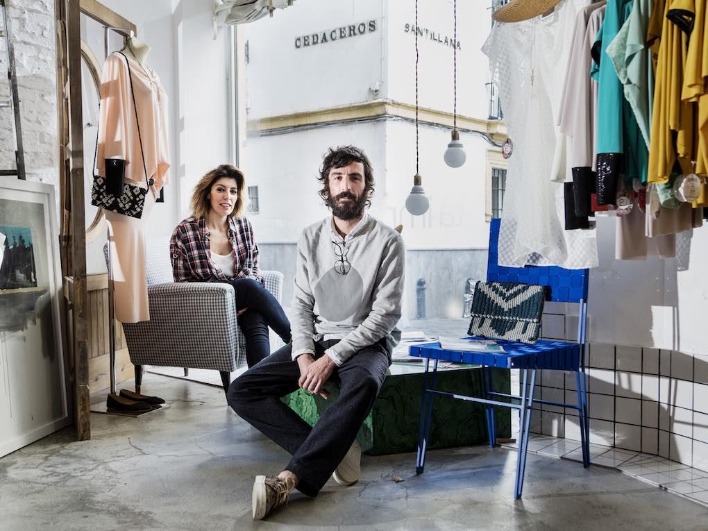 María Luisa Halcón, socia fundadora de 'La Importadora', y Rafael García Forcada, socio y diseñador. Foto: Óscar Romero.