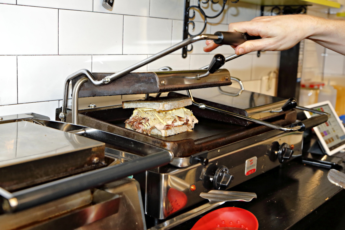 Uno de los sándwiches de 'Craft 19', en Madrid, a la plancha.