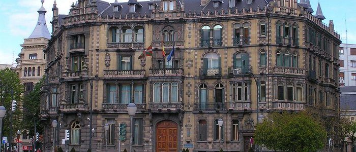 Fachada Palacio Chavarri.
