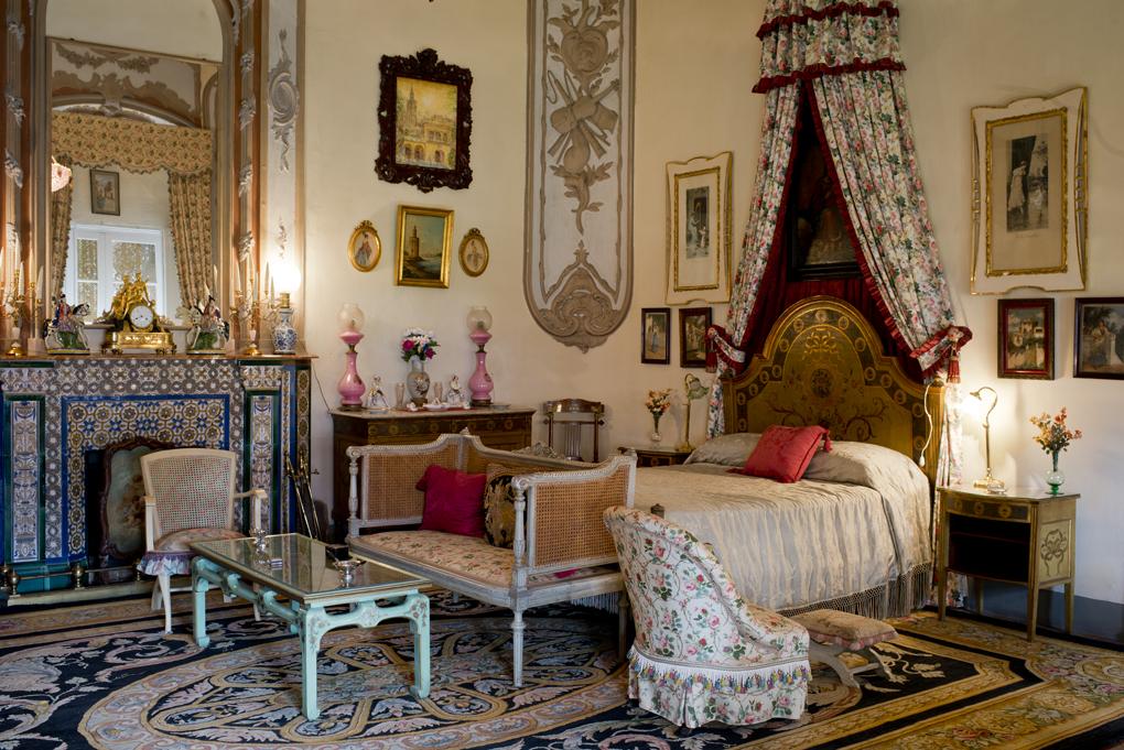 El dormitorio de Eugenia de Montijo en Las Dueñas está en la zona privada.