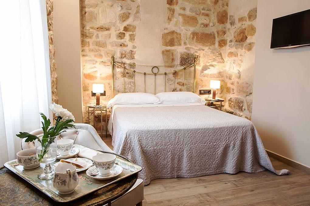 Un hotel delicioso donde manda la piedra. Foto: Torre Maestre