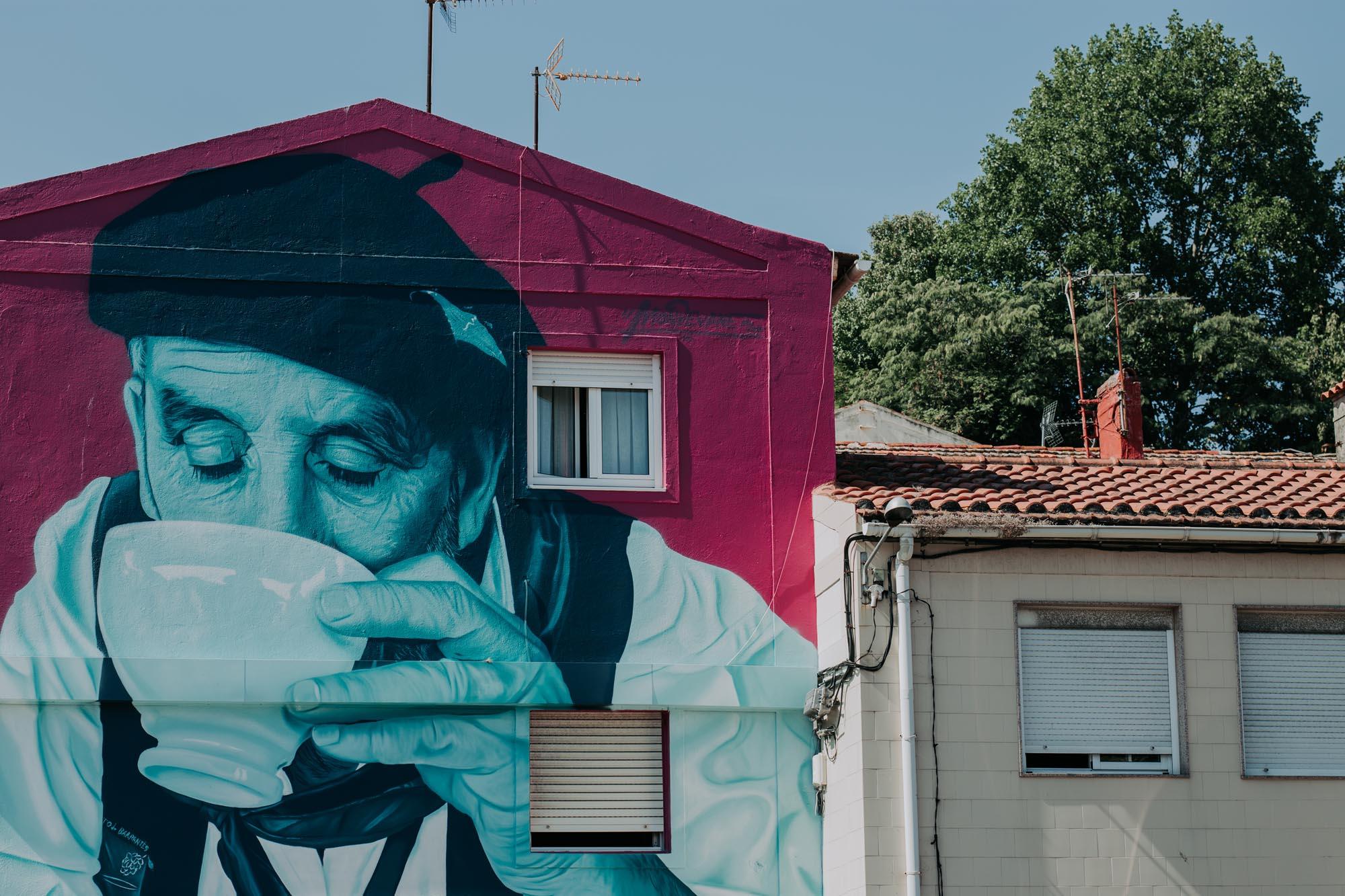 El grafiti de Mon Devane, uno de los más fotografiados de Vigo.