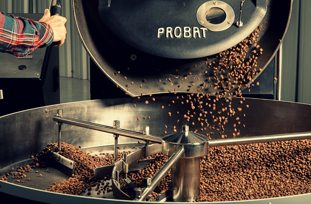Así se tuesta el café en Sakona Coffee Roasters. Fotos: Sakona Coffee Roasters.