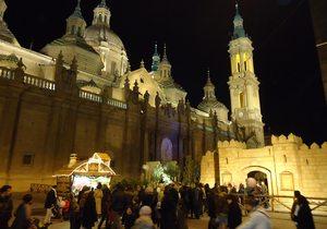 Mercadillo navideño, Plaza del Pilar. Foto: Turismo de Zaragoza.